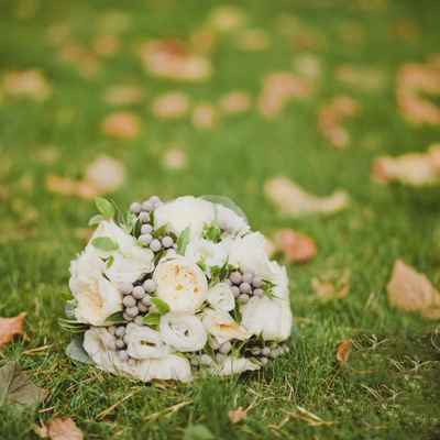 Autumn rose wedding bouquet