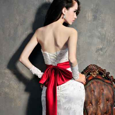 Red straight wedding dresses