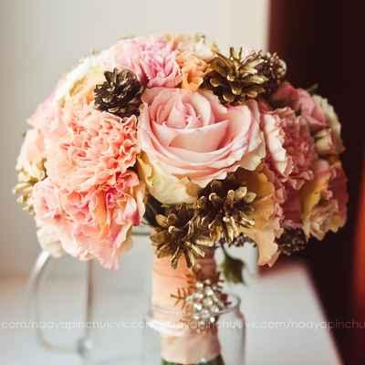 Winter pink rose wedding bouquet