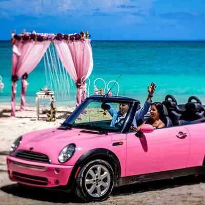 Beach pink wedding transport