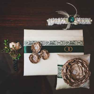 Green buttonhole