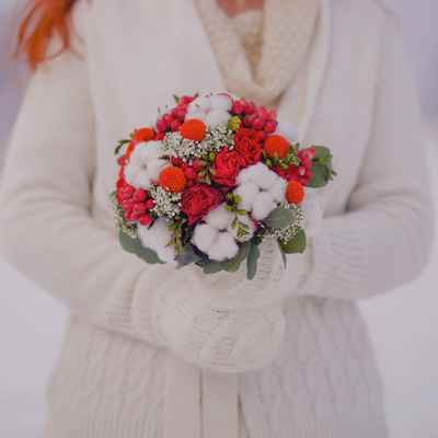 Winter red rose wedding bouquet
