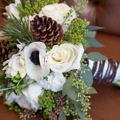 Winter green anemone wedding bouquet