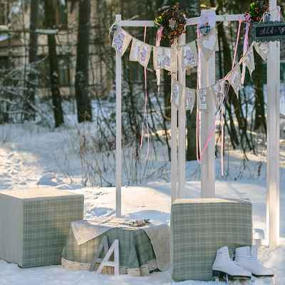 Winter grey photo session decor