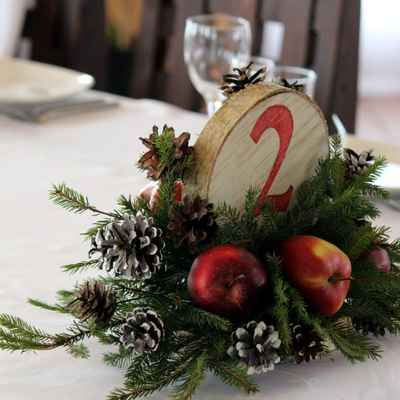Winter green wedding signs