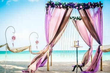 Beach brown wedding ceremony decor
