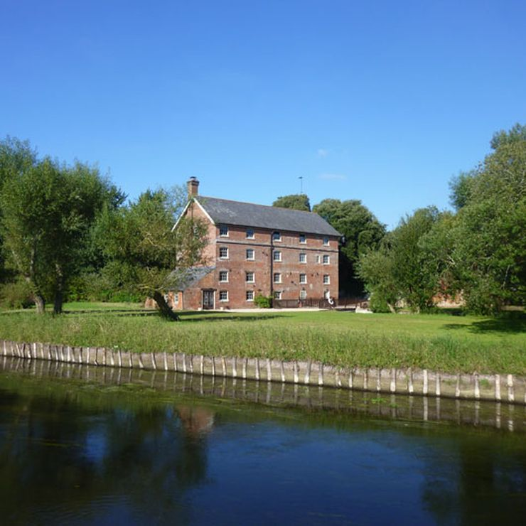 Sopley Mill on the Avon River