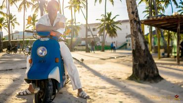 Overseas white wedding transport