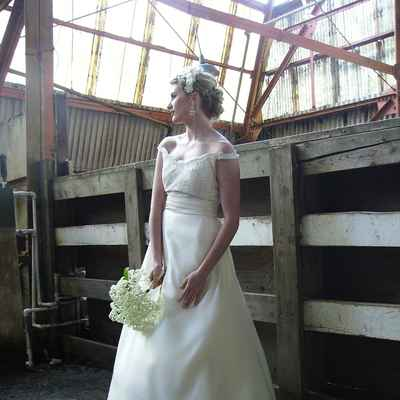 Vintage ivory long wedding dresses