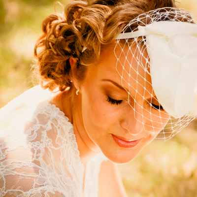 Vintage white bridal hair and make-up