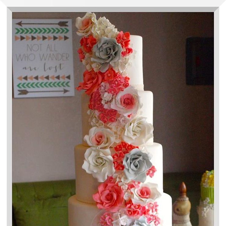Custom Wedding & Debut Cake