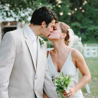 Brown wedding photo session ideas