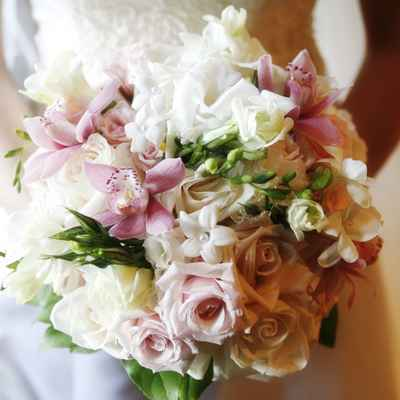 Rose wedding bouquet