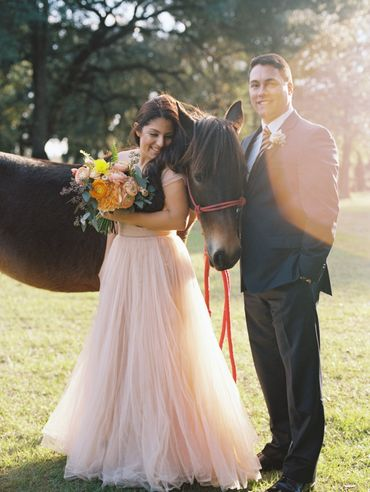 Pink wedding photo session ideas