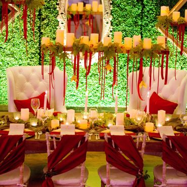 Outdoor red wedding reception decor