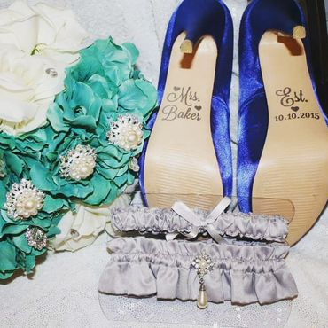 Blue wedding headpieces, veils, cover-ups & brooches