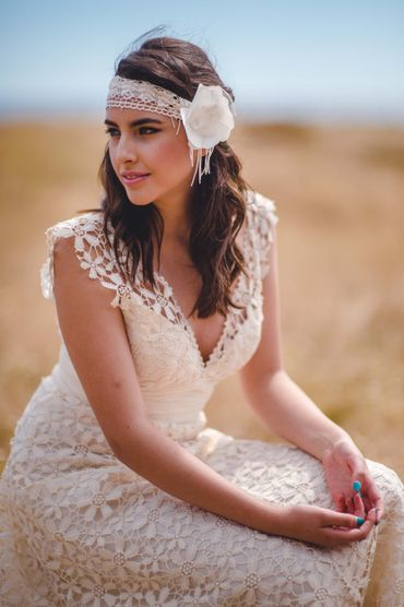 Outdoor ivory bridal hair and make-up