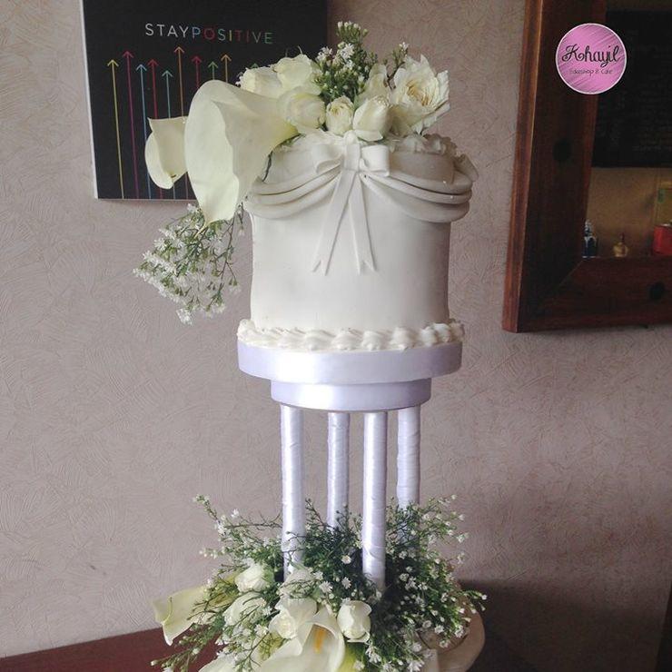 Dove wedding cake