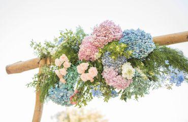 Outdoor blue wedding floral decor