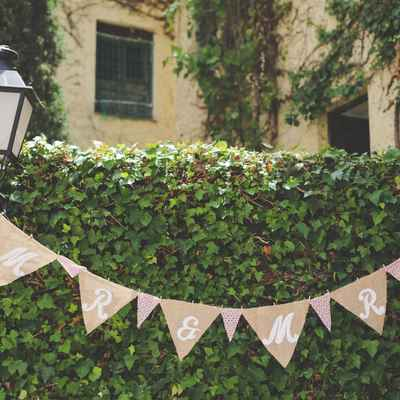 Outdoor brown wedding reception decor