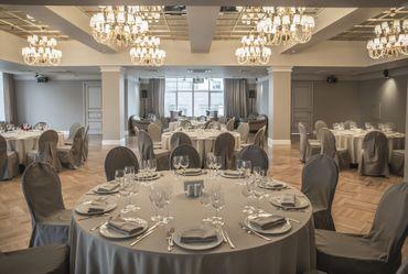 Overseas grey wedding reception decor
