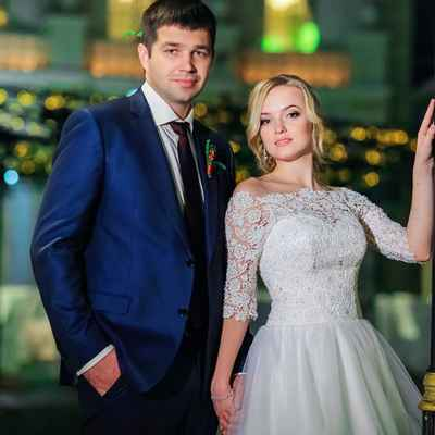 Overseas white closed wedding dresses