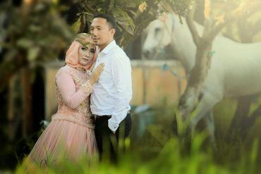 Ethnical white closed wedding dresses