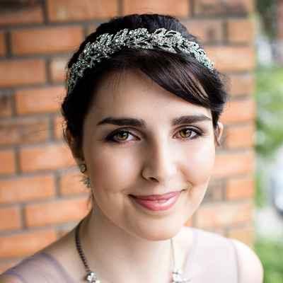 Overseas wedding headpieces, veils, cover-ups & brooches