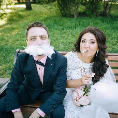 Outdoor bridal hair and make-up