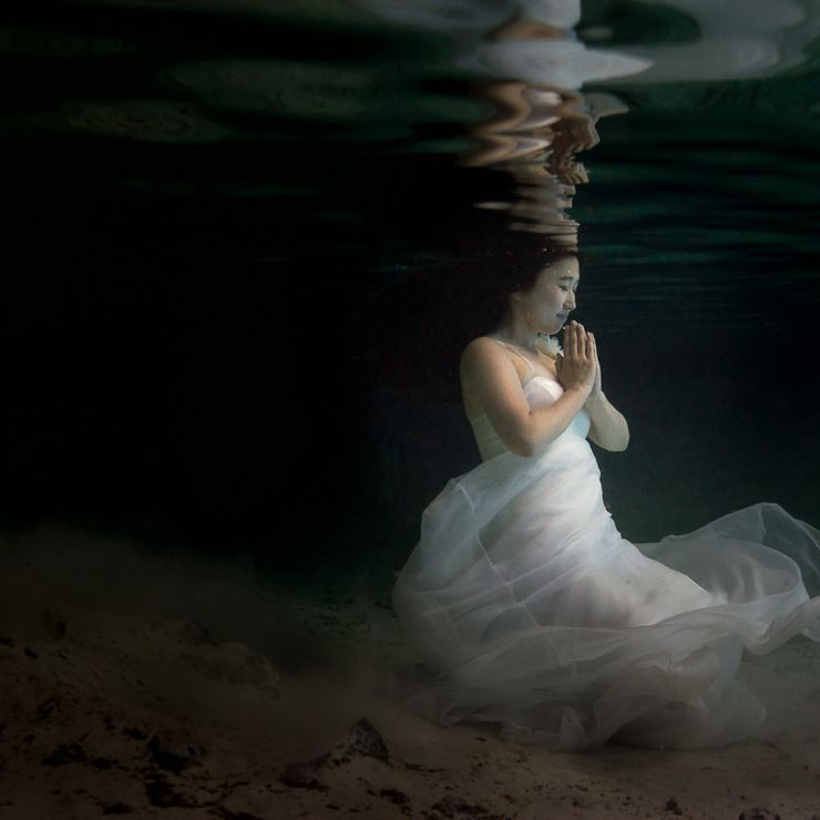 Underwater Trash The Dress Photography