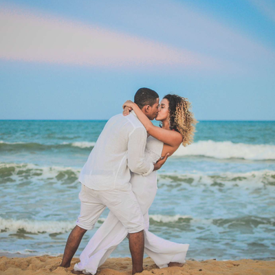 Summer beach wedding photo session ideas