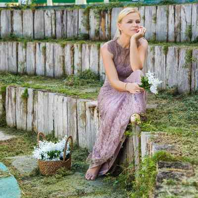 Purple outdoor long wedding dresses