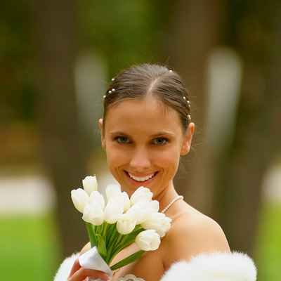 Spring white wedding accessories