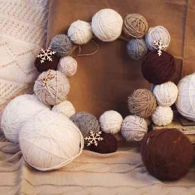 Winter brown photo session decor