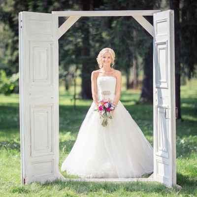 Outdoor summer ball gown wedding dresses